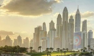 5 Reasons to Hire a Car from Jumeirah Lake Towers